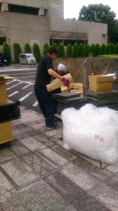 廃棄搬出作業