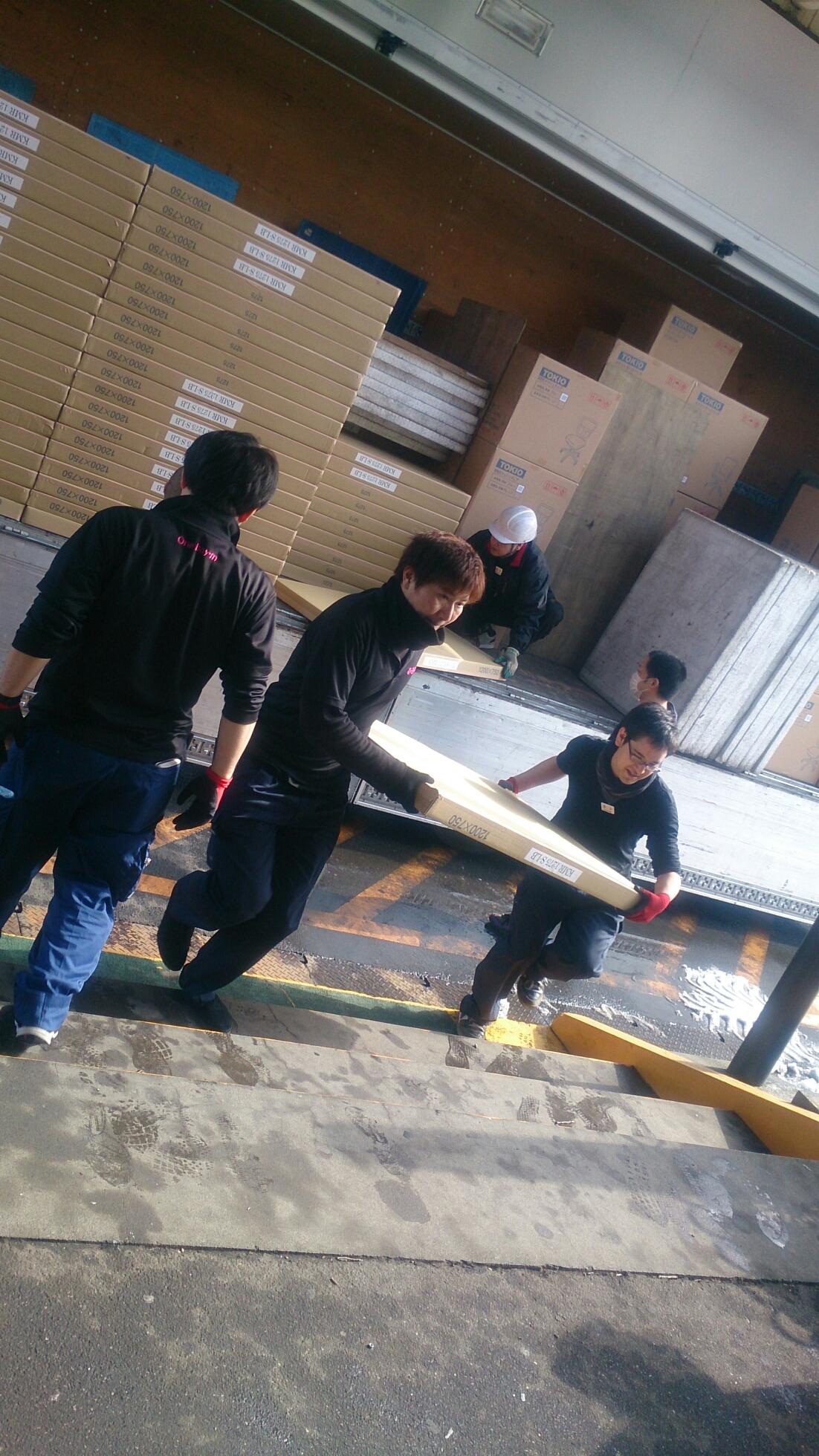 社員食堂テーブル・イス搬入施工